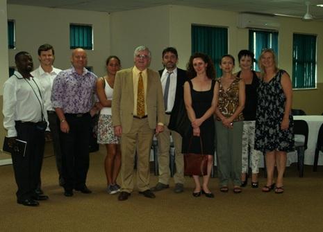 De gauche à droite : E. Byelongo, P.Stone, B. Teunissen, A. Mattais, W. Marois (le recteur), P. Vasse, L. Emile-Besse, S. Brugnot, S. Henegen, S. Jansen